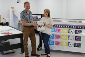 RON GARDINER, LECTURER AT CAFRE, LOUGHRY CAMPUS, ASSISTS FOOD TECHNOLOGY STUDENT LINDA ELDER PREPARE SAMPLE PACKAGING FOR AN INVESTIGATIVE PROJECT.